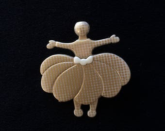 Doll brooch made of resin, dancer cadrille beige white