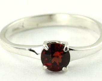 Mozambique Garnet, 925 Sterling Silver Ring, SR301