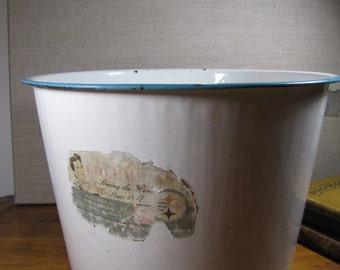Vintage Columbian Enamelware Pail (No Handle)