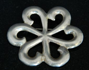 Native American Old Pawn Navajo Sandcast Sterling Silver Pin Signed Florence Johnson