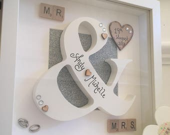 Personalised Wedding Gift Frame, Mr and Mrs Frame, Wedding Gifts, 3D Letter Frame, Wedding Frames, Bride and Groom Present