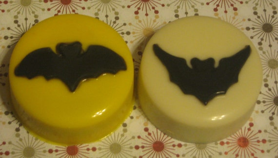 One dozen bat design chocolate covered sandwich cookie party favors Halloween treats