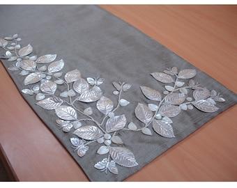 Beaded Table Runner Ivory Blossoms Applique Velvet Embroidered