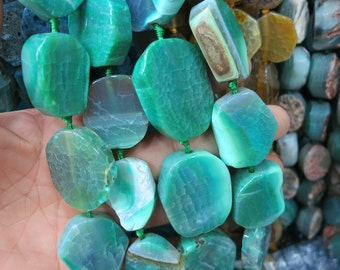 Large Emerald Green agate coin slab Beads 20x22mm- 15pcs/str