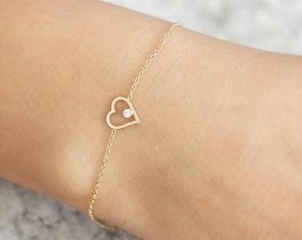 Heart Bracelet, Gold Heart Bracelet, Gold Diamond Bracelet, White Diamond Bracelet, Dainty Gold Bracelet, 14K Heart Bracelet, GB0283