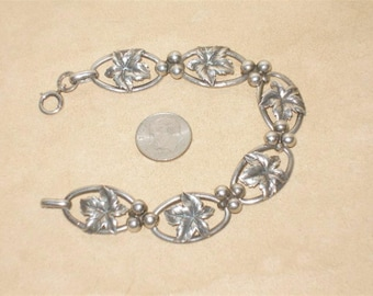 Vintage Signed B.B. Sterling Silver Leaves With Berries Bracelet. Distinctive 1940's Jewelry 11310