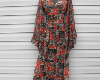 Vintage 70s Hippie Print Dress Angel Sleeves XS S Boho