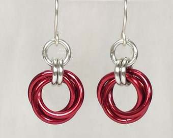 Mobius Chainmail Earrings - Red