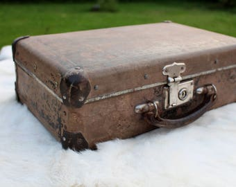 Soviet vintage suitcase Luggage bag Soviet suitcase 1951 Moskva Rustic suitcase Soviet briefcase Sturdy old suitcase Antique suitcase