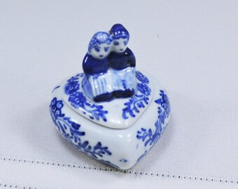 Heart Shaped Trinket Box Blue and White Delftware