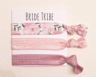 Bridesmaid hair tie favors/elastic hair ties, bridesmaid gift, bachelorette gift, hair tie card, hair tie favor, wedding, bride, bridal show