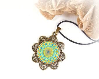 Ciondolo con mandala per rilassamento e meditazione, benessere interiore, energie positive, regalo per moglie, figlia, fidanzata, sorella.