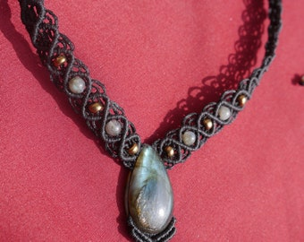 LABRADORITE short Necklace macrame