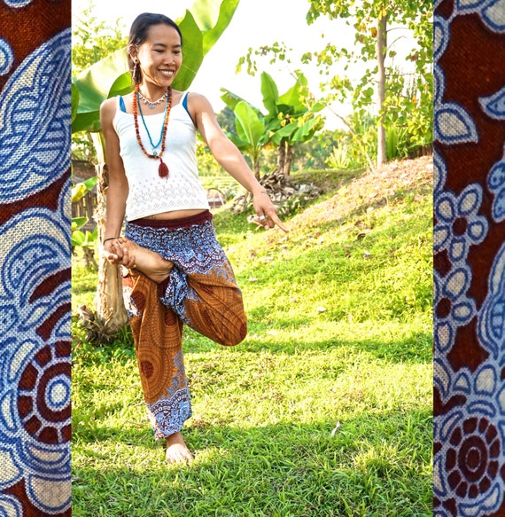 Harem Pants // Music Festival Clothing // Hippie Pants // Yoga