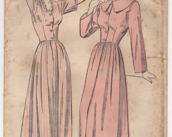 "1940's Advance Long Housecoat with Short or Long Sleeves - Bust 34"" - No. 4732"