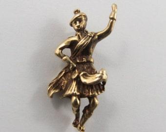 Scottish Dancer 9K Gold Vintage Charm For Bracelet