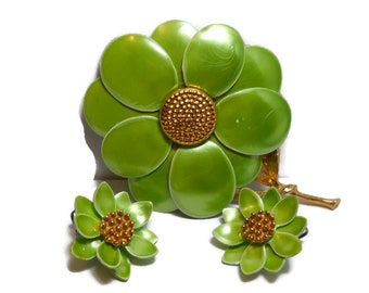 Vintage Lime Green Retro Modern Floral Brooch and Earrings Demi Parure