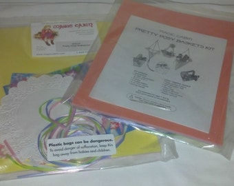 New in Bag Magic Cabin Pretty Posy Baskets Kit Craft Kit Spring Hearthsong