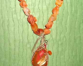Carnelian necklace,  wired agate pendant