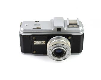 Bilora Radix Camera with Biloxar Anastigmat 38mm f/3.5 Lens c.1948-1950