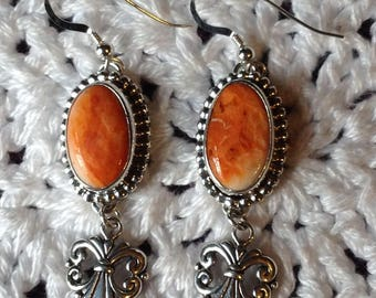 Orange Spiny Oyster shell Earring With Heart