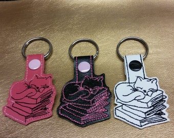 KItty on books key fob..makes a great for any kitty lover