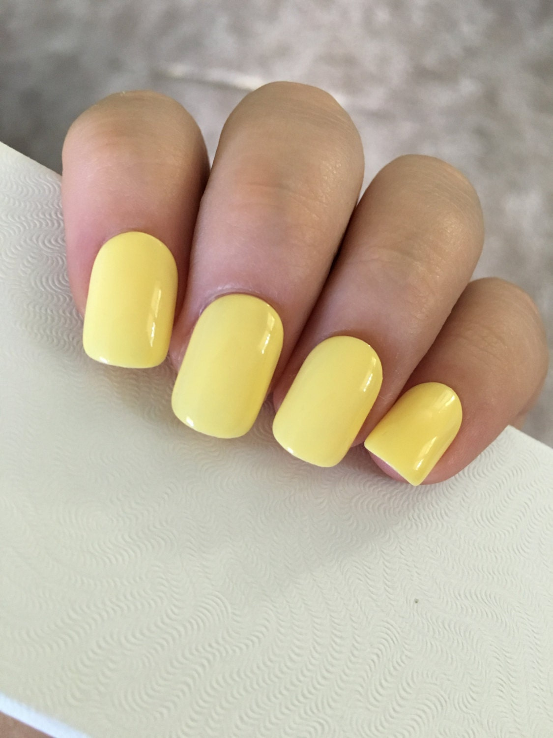 Stiletto Nails Matte Pastel Yellow Coffin