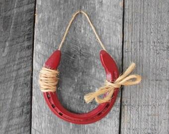 Horseshoe decor, Painted Red Horse Shoe, Lucky horseshoe, Womens gift, Rustic Home or Barn decor, Outdoor art, Horseshoe art,