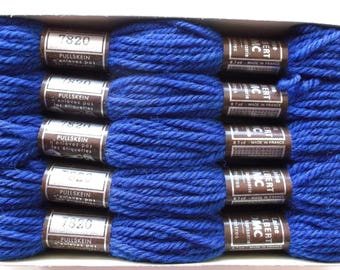 a SKEIN of wool has tapestry - DMC No. 7820 COLBERT