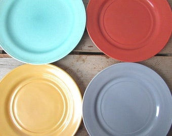 4 Dinner Plates Mismatched Colored 3 Milk Glass Plates and 1 China Green Plate