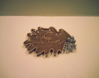 Vintage Acorn Leaf Ceramic Dish