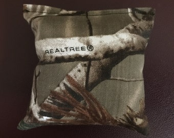 Camouflage catnip pillows/toys real tree