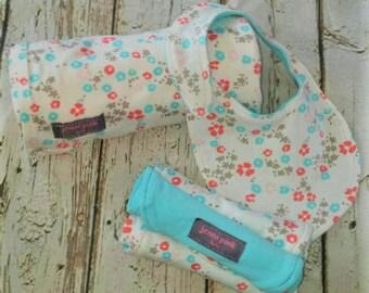 Swaddle Blanket, Receiving Blanket, Security Blanket, Organic Baby Blanket, Floral Baby Blanket, Burp cloths, Baby Shower Gift, Baby Bib