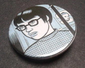 Ghost World badge or fridge magnet -- Enid -- 38 mm -- Pin -- Pin back button - Graphic novel - Comic - Cult film