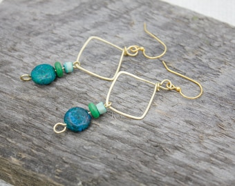 HANDCRAFTED BRASS EARRINGS - Green & Brass Earrings - Green Stone Earrings - Handcrafted Earrings - Gift For Her
