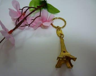 Tour Eiffel keychain