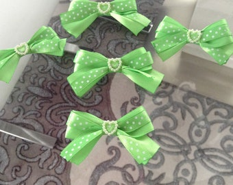 5 flower applique green satin bow has polka dots + heart
