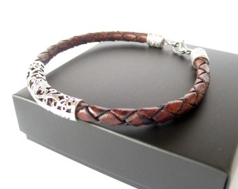 Braided leather bracelet / Womens bracelet / Mens bracelet / Braided leather / Brown bracelet