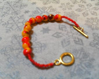 lovely bracelet unique and original red and yellow
