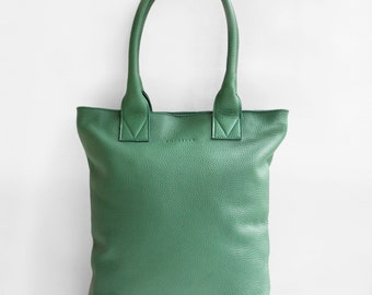 The Essential Tote in Green/ Leather Tote Bag / Leather Bag / Green Tote Bag /Tote Bag / Green Leather Tote / Green Leather Bag