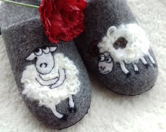 Women or men slippers with soles, Felted slippers, Wool house shoes  Gray house boots Organic wool clogs Gift for her or him