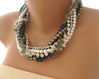 Nautical weddings pearl necklace