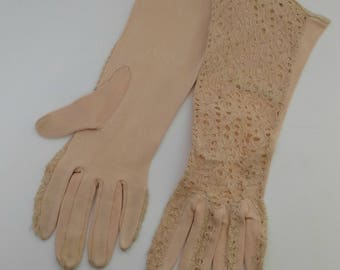 vintage 1950's nude lace gloves