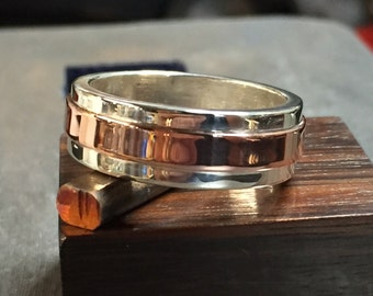 Mens sterling silver and copper ring, Size 11 1/4.  #MR1018