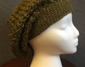 Slouchy Beanie in Olive Green
