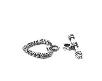10 metal 2 cm silver ornate heart toggle clasps