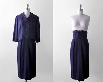 50 navy blue skirt set. 1950's jacket & skirt. pencil. high-waisted. 50's rayon suit. Monte Sano Pruzan. s.