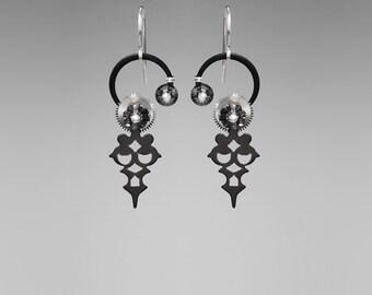 Swarovski Crystal Steampunk Earrings, Silver Night, Swarovski Earrings, Monochrome Jewelry, Wire Wrapped Earrings, Mnemosyne II v18