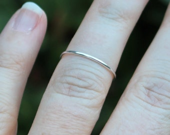 Single Band Silver Wire Knuckle Ring