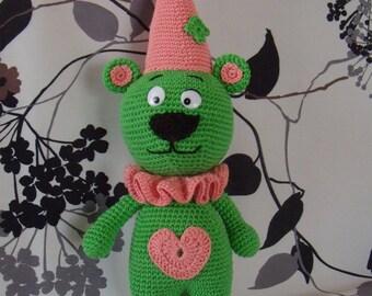 Big bear crochet clown